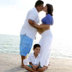 family kiss 2